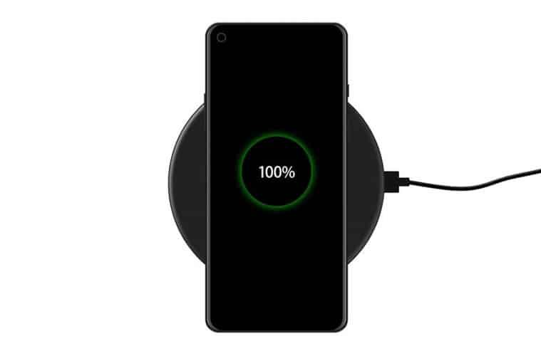le OnePlus 8 Pro avec la recharge sans fil