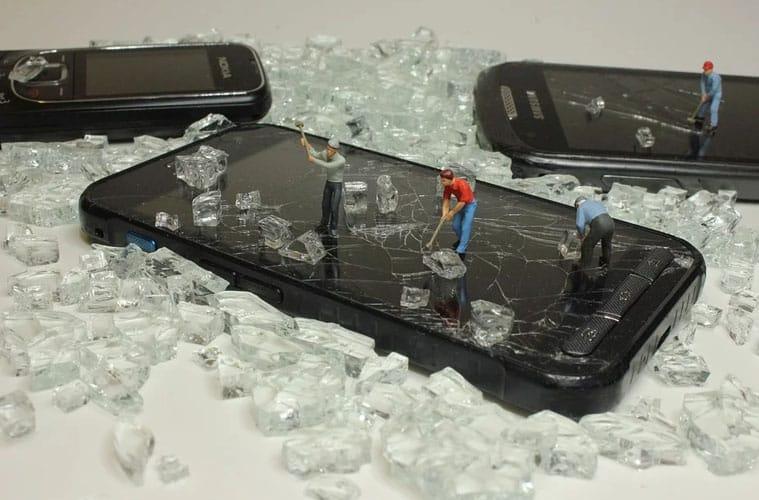 L'Europe veut mettre en place des batteries facilement changeables sur les smartphones