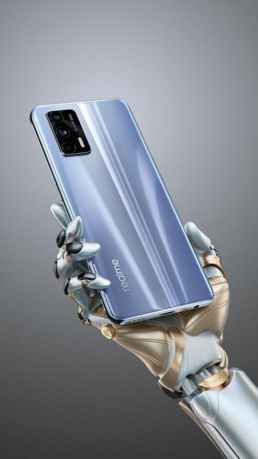 realme GT 5G design bleu